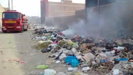 Bomberos de Leonardo Ortiz recibieron el 2018 con enormes cúmulos de basura