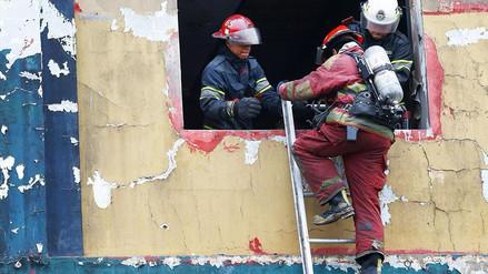 Hasta 400 emergencias atendieron los bomberos por Año Nuevo