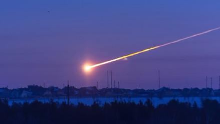 La atmósfera de la Tierra destruye los meteoros desde adentro