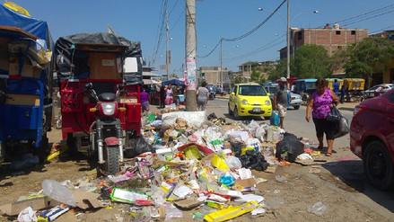 Más de 80 toneladas de basura se acumularon en mercado de Piura tras año nuevo