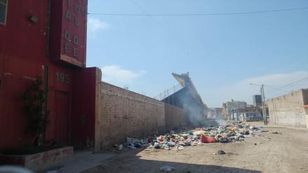 Bomberos de Leonardo Ortiz dejaron su local por excesiva acumulación de basura