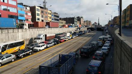Cierre de Vía de Evitamiento provocó un caos vehicular en Lima Norte