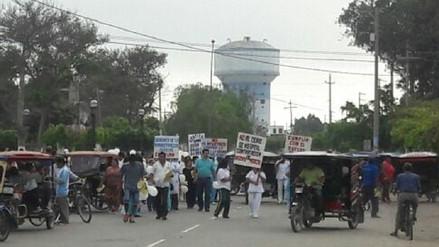 Con protesta trabajadores de Tumán piden salida de administradores