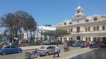 Transportistas de Chiclayo amenazan con paro en contra del alcalde