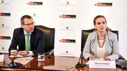 Ministra de Economía dice que crisis política todavía no termina