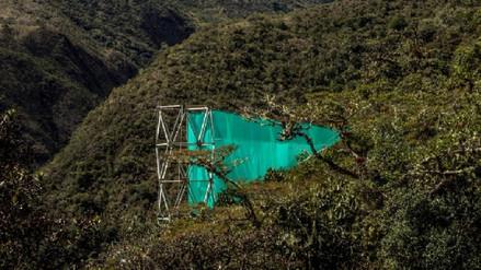 Científico construyó una malla gigante para salvar la selva peruana
