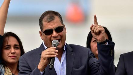 Rafael Correa abrió campaña contra consulta popular en Ecuador
