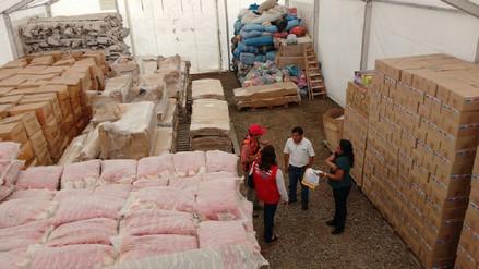 Reparten cerca de 30 toneladas de alimentos a familias damnificadas