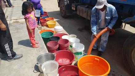 Pobladores compran agua debido a falta del servicio en distrito de San José