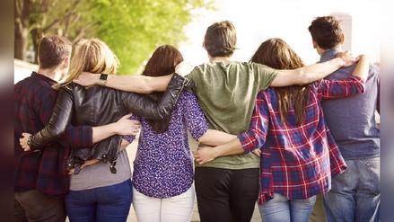 Los beneficios de tener amigos de diversas edades