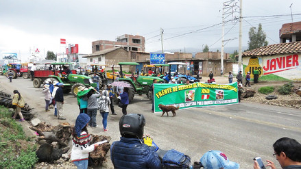 Huancayo: protestantes continúan bloqueo de carreteras en paro agrario