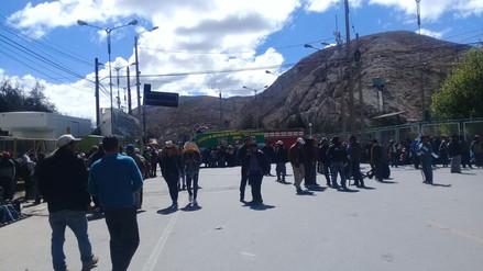 La Oroya: paro de agricultores interrumpe tramo de la Carretera Central