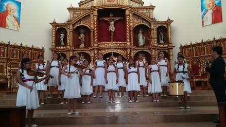 Coro de niñas de Huacho participarán en encuentro con el Papa Francisco en Trujillo