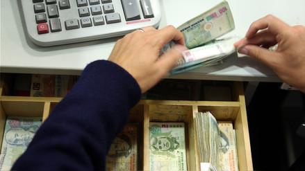 Congreso restringirá uso de dinero en efectivo en compras de autos e inmuebles