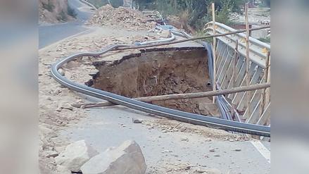 Conductores reportan que vía alterna de la Carretera Central se encuentra en mal estado