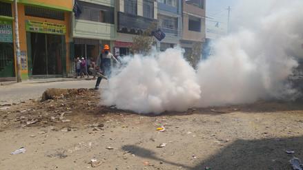 Inician campaña de fumigación en Leonardo Ortiz por acumulación de basura
