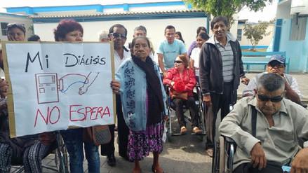 Se normaliza servicio de diálisis en clínicas que atienden a asegurados
