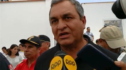 Ministro Vicente Romero supervisa avances de trabajo en Huanchaco