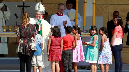 El porcentaje de católicos en Chile se redujo en un 8% en los últimos diez años