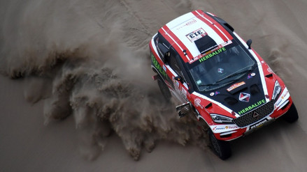 Nicolás Fuchs abandonó la competencia del Rally Dakar