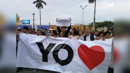 Realizan marcha en contra de Elidio Espinoza y remozada plaza de armas