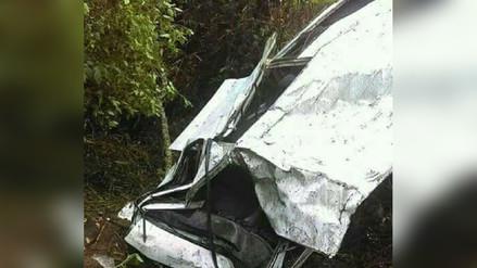 Despiste y vuelco de combi dejó dos muertos y 11 heridos en Santa Cruz