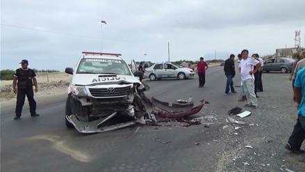 Dos pasajeros de un taxi colectivo murieron tras un accidente en Tumbes