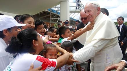 Altas temperaturas irán junto a los feligreses en las misas del Papa