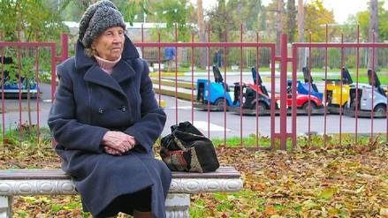 Theresa May crea una Secretaría de Estado para luchar contra la soledad en Reino Unido