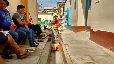 Mejoran techos e instalan drenaje pluvial en hospital Las Mercedes