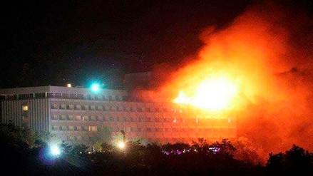 Al menos seis heridos y dos insurgentes muertos en ataque a hotel en Afganistán