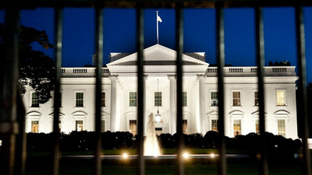 El Gobierno de Estados Unidos inició su cierre parcial por falta de fondos