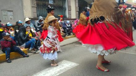 Virgen de la Candelaria: Así se vivió el pasacalle de antesala en Puno