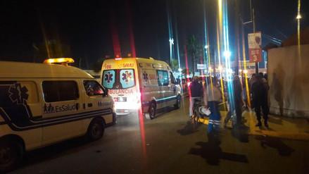 Evacuan de emergencia a dos personas durante el ingreso de fieles a Las Palmas