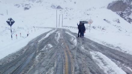 Caída de nevada en Ticlio ocasionó cierre de la Carretera Central