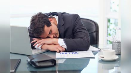 Cómo quitarte el sueño en la oficina en días calurosos