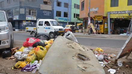 El problema de la acumulación de basura continúa en Villa María del Triunfo