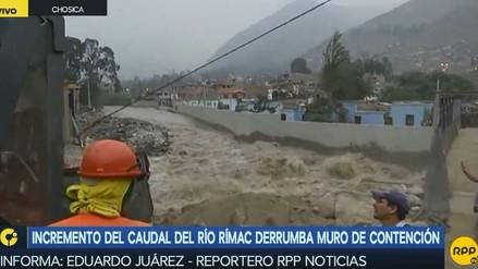 Incremento del caudal del río Rímac en Chosica derrumbó muro de contención
