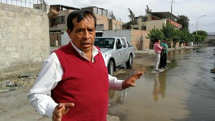Convierten canal de regadío de Arequipa en botadero