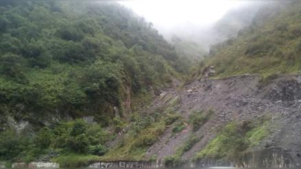 Tarma: familias piden ayuda por continuos derrumbes en Huasahuasi