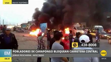 Vecinos de Carapongo bloquearon la Carretera Central exigiendo obras de prevención