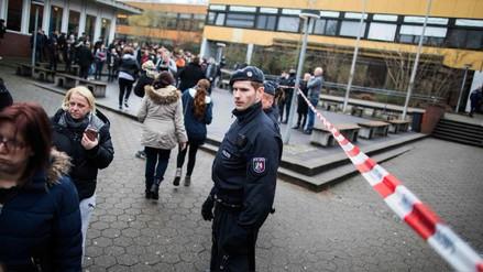 Un escolar fue detenido tras apuñalar a su compañero en un colegio de Alemania