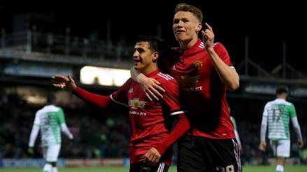 El Manchester United se dio un festín en el debut de Alexis Sánchez