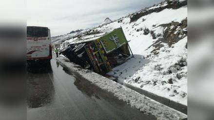 La Oroya: pase lento por la Carretera Central por caída de nevada