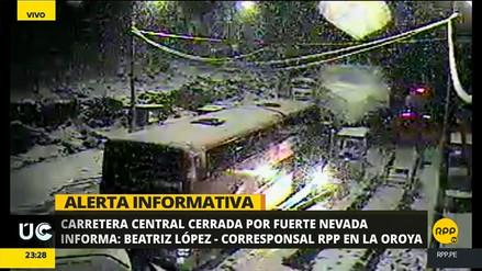 Nevada provocó el cierre de la Carretera Central en La Oroya