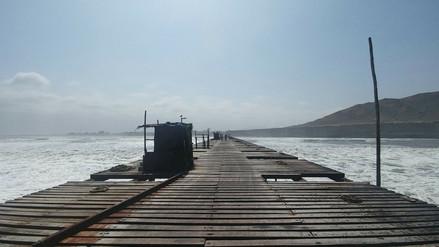 Ante oleajes anómalos ordenan cierre de Puerto Eten y terminal Multiboyas