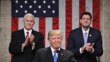 Trump llama a los demócratas y republicanos a