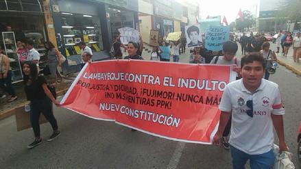 Poca concurrencia en marcha contra el indulto a Fujimori