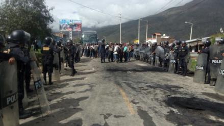 Productores de papa bloquearon la Carretera Central por paro agrario