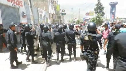 Protesta dejó tres policías heridos y tres detenidos en Huánuco